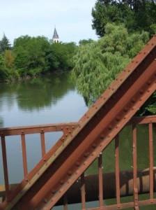 pont rivière église